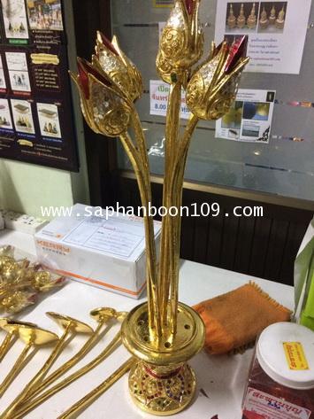 ดอกบัวไม้ งานแกะสลัก ลงรักปิดทองประดับกระจก งานรุ่นสวย 5