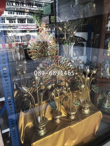 ดอกบัวไม้ งานแกะสลัก ลงรักปิดทองประดับกระจก งานรุ่นสวย 7