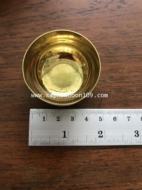 ชุดถวายข้าวพระพุทธ ( หรือใช้ใส่น้ำชา ) งาน ทองเหลืองแท้ ตราไก่เหยียบลูกโลก 2