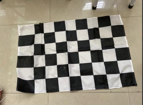 ธงรถแข่ง ธงตาราง ธงตราหมากรุก  สีขาวดำ และ สีขาวแดง 2