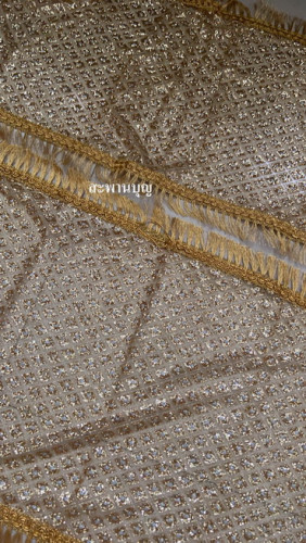 ผ้าห่มพระประธาน ผ้ากากเพชร ( ผ้านำเข้า )ผ้าเพชร  ขอบทอง  สไบทอง 6