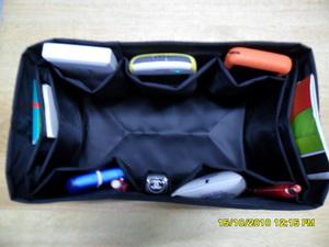 ช่องจัดระเบียบกระเป๋า Longchamp planet/m หูสั้น (สีดำ)