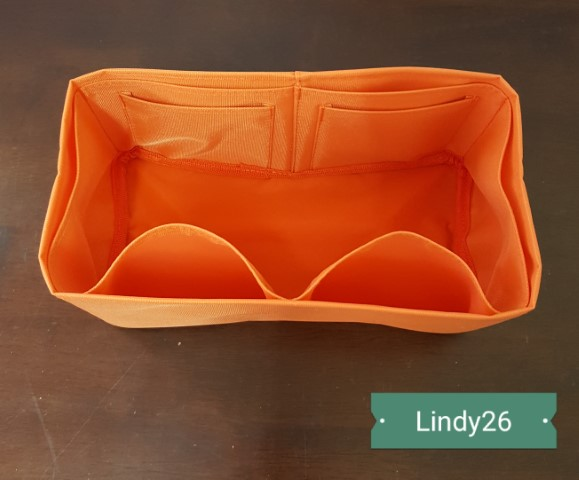 ที่จัดระเบียบ Hermes Lindy26 สีส้ม