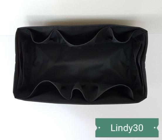 ที่จัดระเบียบ Hermes Lindy30 สีดำ