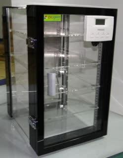 ตู้ควบคุมความชื้น  Desiccator cabinet รุ่น DE-57 AD ทำจากพลาสติก ขนาด57ลิตร ลดความชื้นได้ 40 RH 2