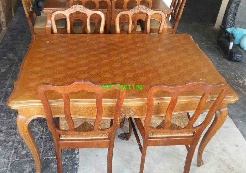 โต๊ะทานข้าวพร้อมเก้าอี้ไม้โอ๊ค