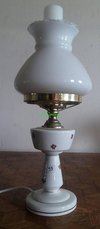 โคมไฟตั้งโต๊ะ ทองเหลืองและหินอ่อน งาน อิตาลี