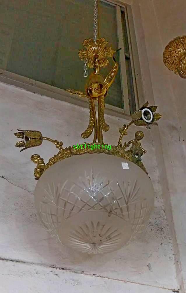 โคมไฟทองเหลือง ทองสำริด และโป๊ะแก้วโบราณ งานฝรั่งเศส