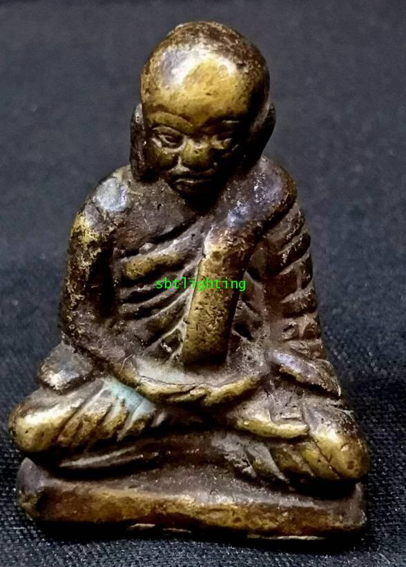 รูปหล่อโบราณ หลวงพ่อเงิน  วัดท่ามะไฟ  (โชว์พระ)องค์ที่ 2
