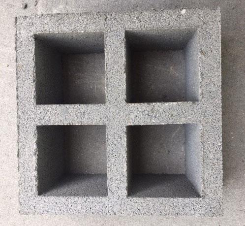 บล็อกช่องลมสี่เหลี่ยมจัตุรัสสี่ช่อง 20 x 20 x 9 cm. 9