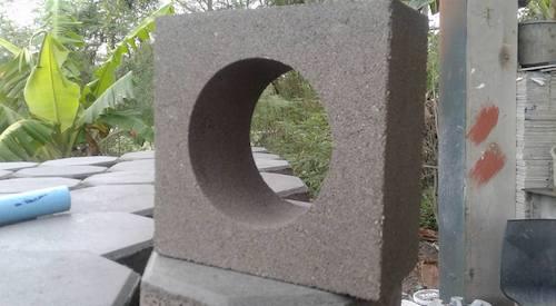 บล็อกช่องลมวงกลม  19 x 19 x 9 cm. 3