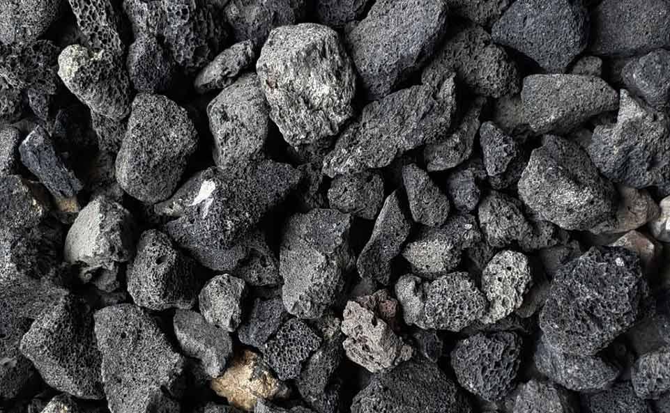 หินลาวาดำ 20 kg.(ยกกระสอบ)