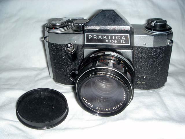 กล้องใช้ฟิลม์เก่าจาก Made in Germany (East) 1968
