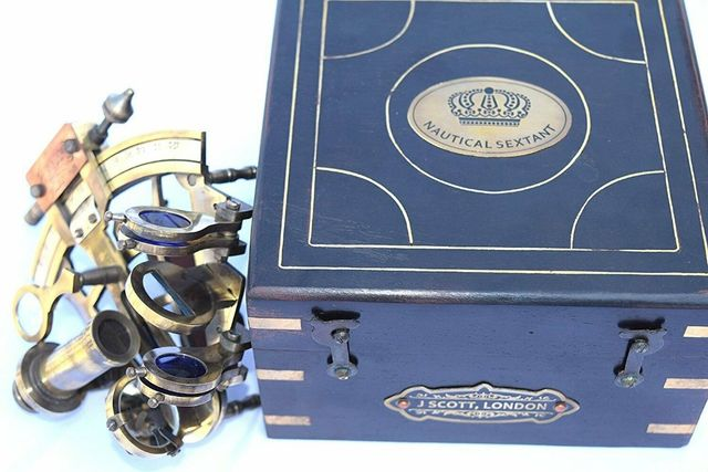 เครื่องวัดแดด หรือ เซกซ์แทนต์ (Sextant) สำหรับนำทางเดินเรือ พร้อมกล่อง 3