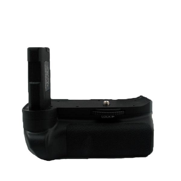 แบตเตอรี่กริ๊ป สำหรับกล้อง Nikon รุ่น D3100 D3200 (MB-D31) (Battery Grip)