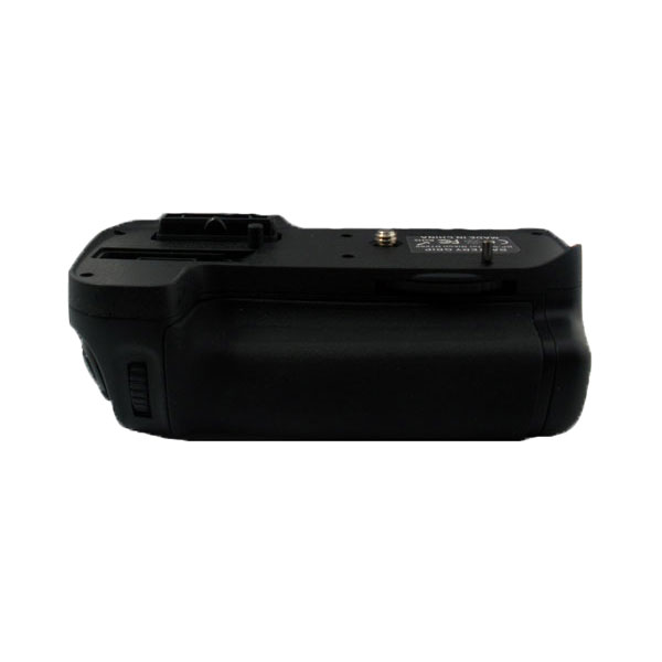 แบตเตอรี่กริ๊ป สำหรับกล้อง Nikon รุ่น D7000 (MB-D11) (Battery Grip)