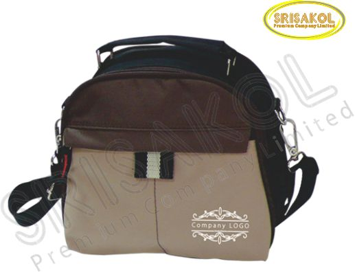 กระเป๋าสะพาย สีดำ/สีน้ำตาล สลับ สีกากี รหัส A1828-12B