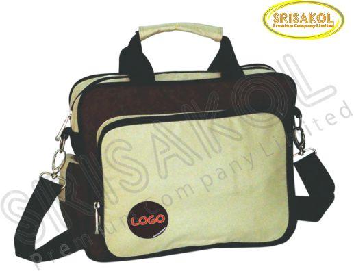 กระเป๋าสะพาย สีน้ำตาล สลับ สีครีม รหัส A1846-17B