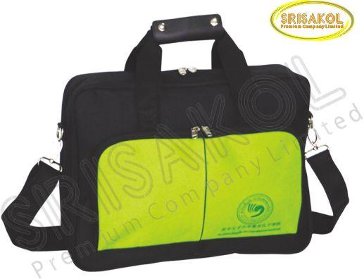 กระเป๋าใส่ Note book สีดำ สลับ สีเขียว รหัส A1940-8B