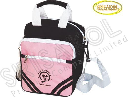 กระเป๋าสะพาย สีดำ สลับ สีชมพู  รหัส A2016-1B