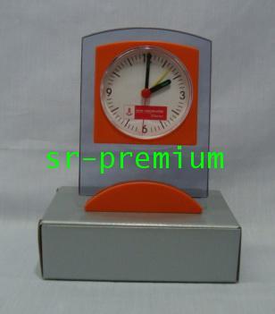 นาฬิกาปลุกตั้งโต๊ะ แผ่นใส รุ่น 188 (111K3)