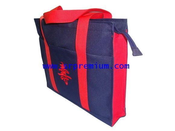 กระเป๋าผ้าช้อปปิ้งรุ่น 06-0085 (514N8)