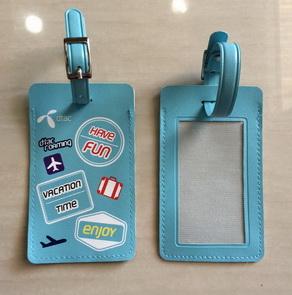 Tag ป้ายชื่อกระเป๋าเดินทาง หนังเทียม ทรงเหลี่ยม แบบมีเข็มขัด