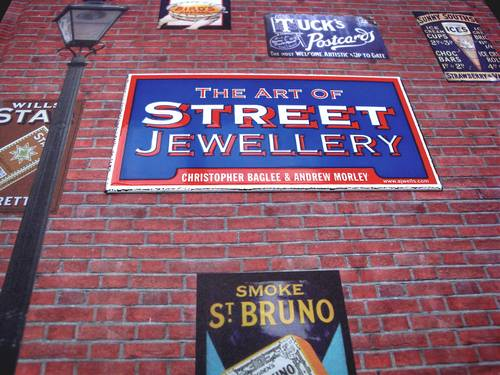The Art of Street Jewellery 1