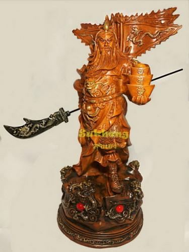 เทพเจ้ากวนอูเรซิ่นลายไม้ ปางบู๊ท่ายืนชนะศึก ขนาดสูง 12 นิ้ว