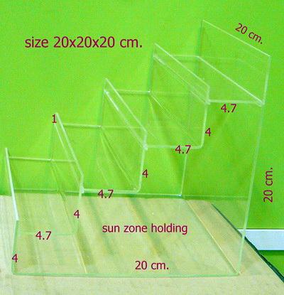 ชั้นขั้นบันไดอะคริลิคมีกั้นหน้าขนาด20x20x20 ซม.