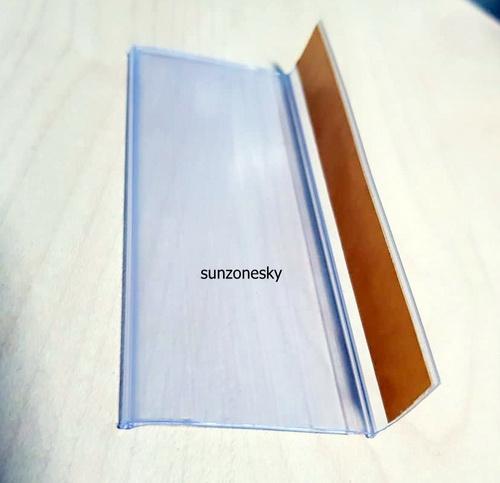 ป้ายราคาพลาสติกสำหรับใส่ราคา ด้านบนเป็นแถบกาว ขนาด 4 x 10 cm. รหัสสินค้า:000690 2