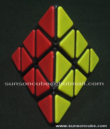 Pyraminx Tile (Black)  QJ