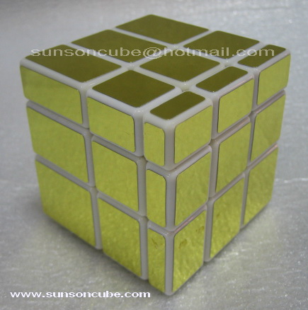Mirror Block  Gold  ( White cube ) /  Ghost Hand
