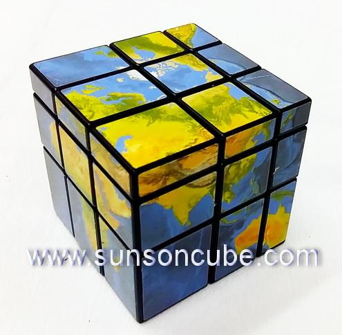 Mirror Block with Earth sticker - ฺBlack cube
