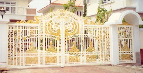 ประตูอัลลอย ลาย นกฮูก
