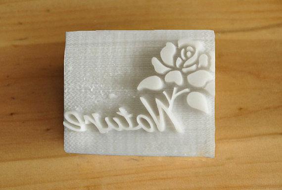 แสตมป์สบู่ดอกกุหลาบ + Nature 5*4 cm ราคา 200 บาท