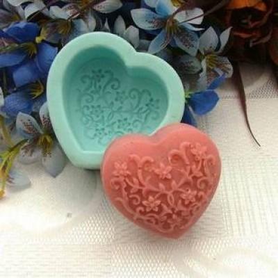 แม่พิมพ์สบู่ซิลิโคนหัวใจ + ดอกไม้ 45 กรัม ราคา 350 บาท
