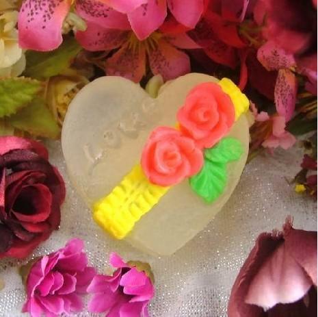 แม่พิมพ์ซิลิโคนหัวใจลายดอกกุหลาบ LOVE .