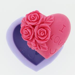 แม่พิมพ์สบู่ซิลิโคนรูปหัวใจ+กุหลาบสามดอก ขนาด 50 กรัม ราคา350 บาท