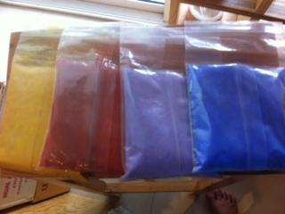 สีใส่สบู่ มี 5 สี ราคา/1สี iron oxide, ultra marine-violet ultra pink