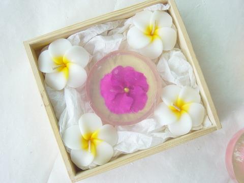 Gift  set  luffah +bath salt +herbal soap