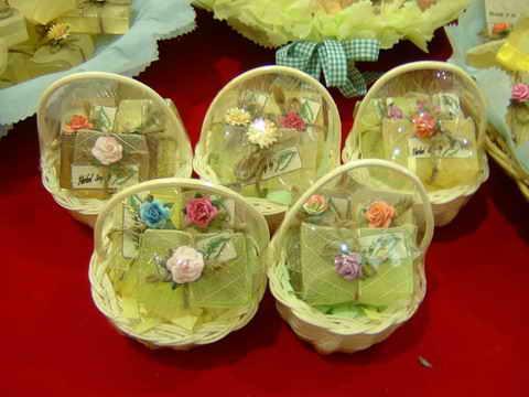 gift  set  สบู่สมุนไพร ในตะกร้าสาน 1
