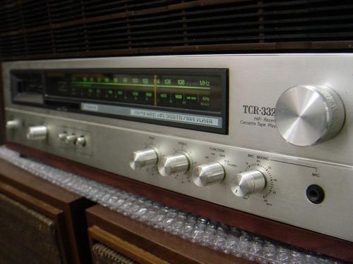 TANIN TCR-3322 วิทยุธานินทร์ รุ่น TOP 2