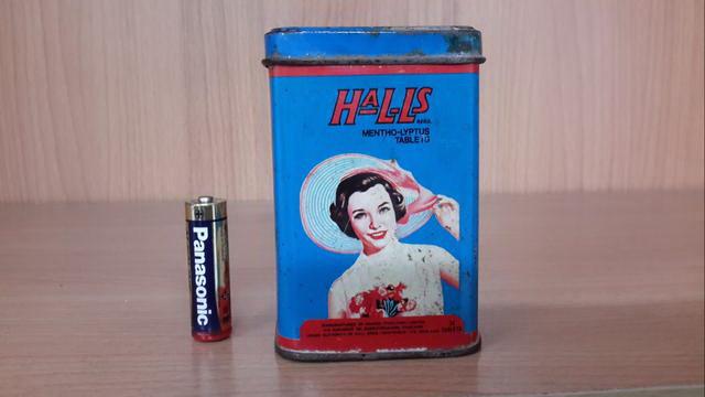 กระป๋องฮอลล์ ใบจิ๋ว Halls Mentho-Lyptus