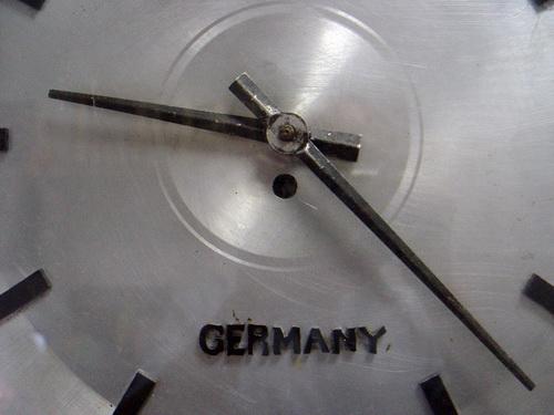 JUNGHANS ระบบไขลาน Made in Germany 3
