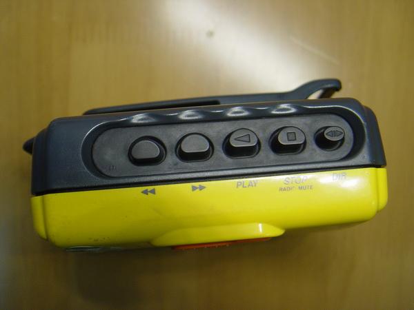 Sony Cassette Walkman Sport WM-FS393 2
