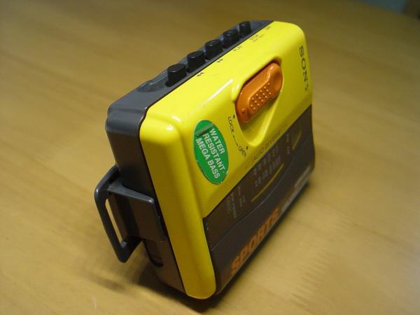 Sony Cassette Walkman Sport WM-FS393 9