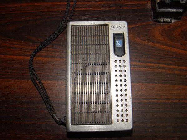 วิทยุโบราณ SONY TR-3500 AM Walkman