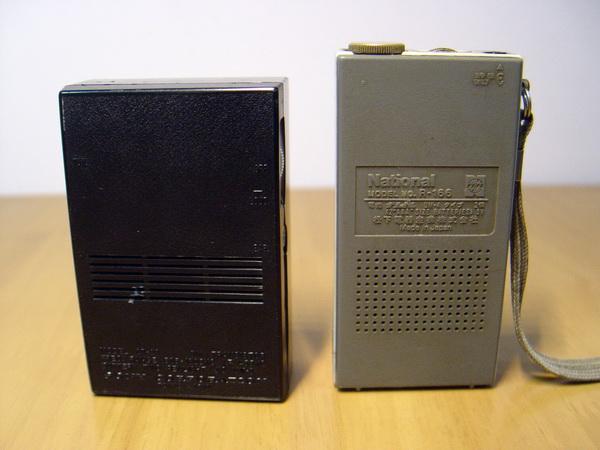 วิทยุโบราณ AM Walk-man ขนาดจิ๋ว2เครื่อง 4
