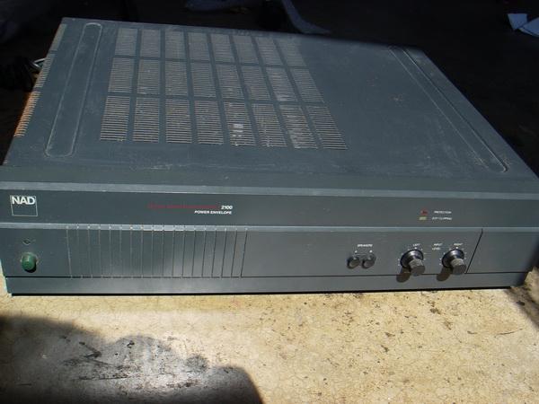 NAD 2100 Power Amplifier Boston/London